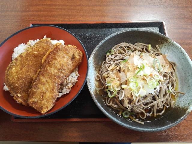 オレボカツ丼&おろしそば.jpg